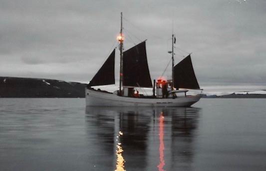 KIVIOQ aftensejlads ved Grønland