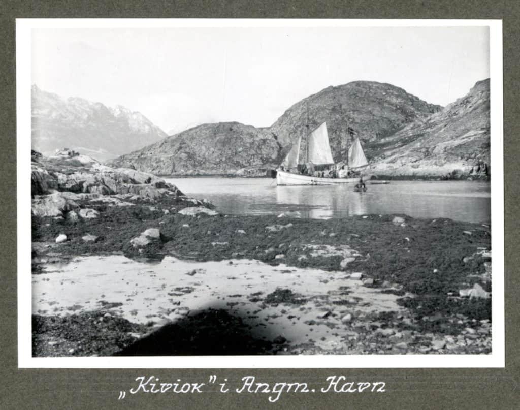 Kivioq foto fra Knud Rasmussen Arkivet - 10