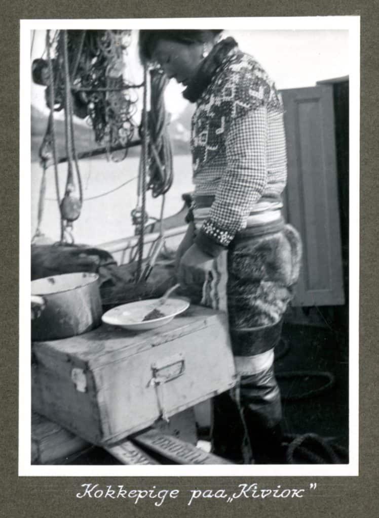 Kivioq foto fra Knud Rasmussen Arkivet - 12