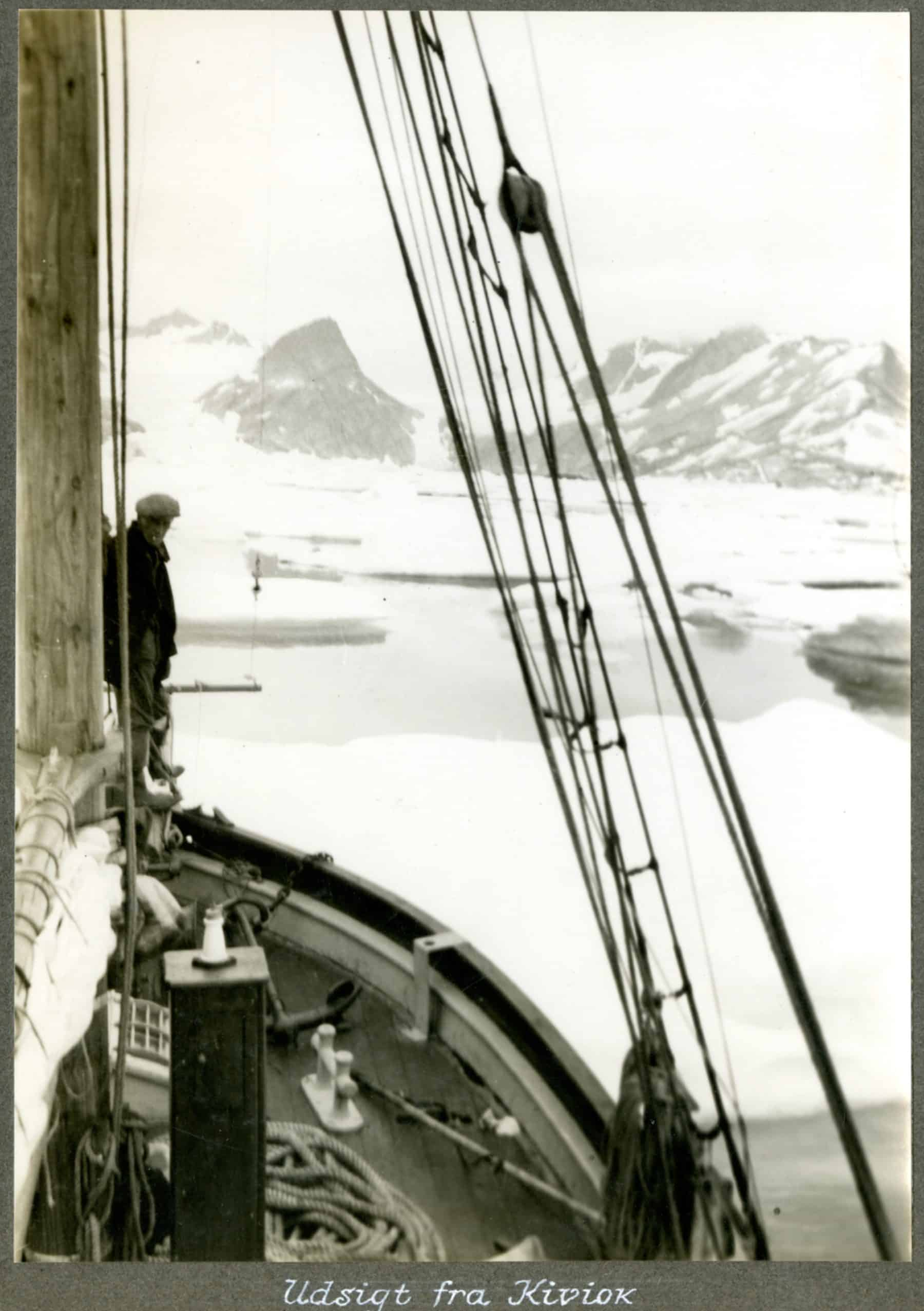 Kivioq foto fra Knud Rasmussen Arkivet - 3