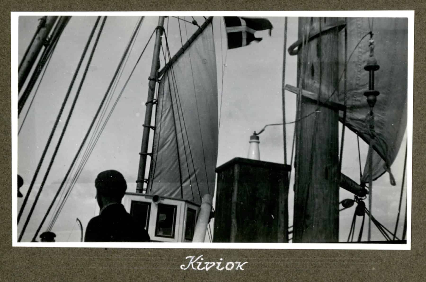 Kivioq foto fra Knud Rasmussen Arkivet - 6