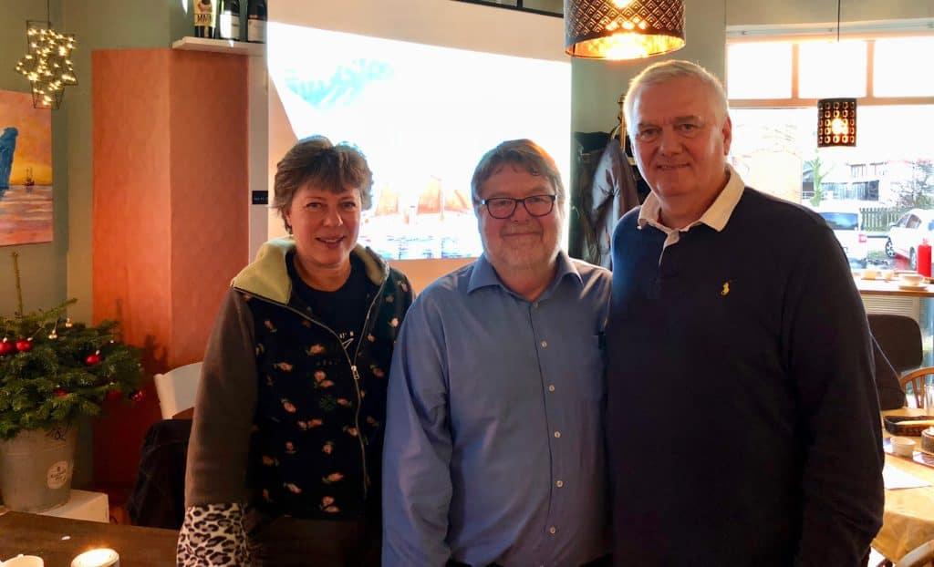 Kivioq-søndag på Cafe Proviant - fra venstre billedkunstner Tina Rosenberg, tovholder Per Makwarth og konsulent Michael Nagel